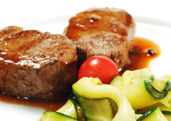 Consejos para asar la carne al horno y conseguir un resultado diez - Carnes rellenas al horno ...