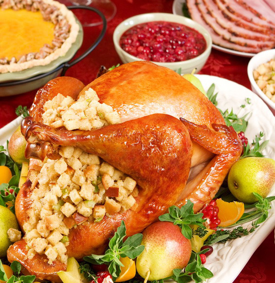 ¿Sabes por qué en EE.UU cocinan pavo relleno el Día de Acción de Gracias?