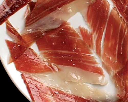 De bellota, de cebo, de recebo… ¿qué significan exactamente estos 'apellidos' del jamón ibérico?