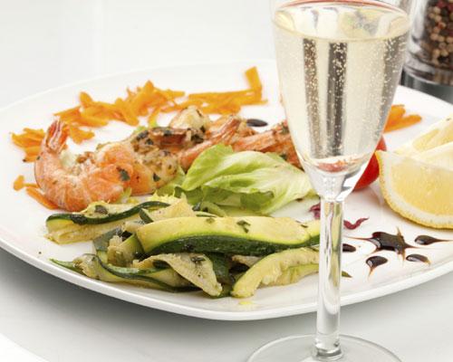 Pistas de maridaje: ¿con qué tipo de cava combina mejor cada plato?