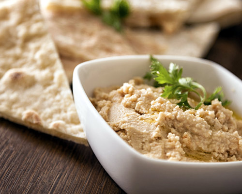 Hora del aperitivo: delicioso 'hummus', en cinco pasos