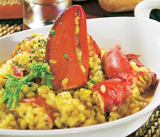 Cocina tradicional: aprende a preparar un arroz con bogavante, paso a paso