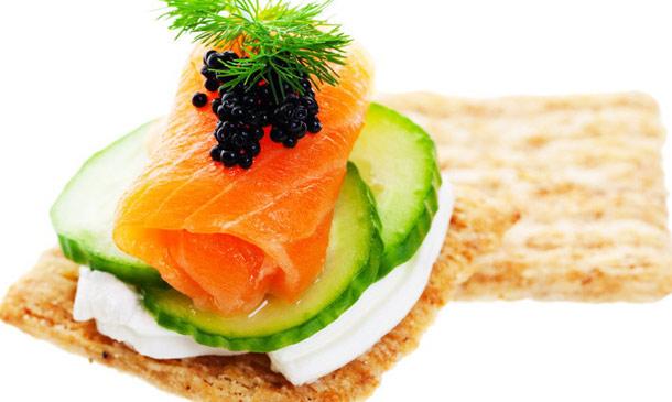 Cocina fácil: Cinco tapas muy sencillas para disfrutar de los pescados ahumados