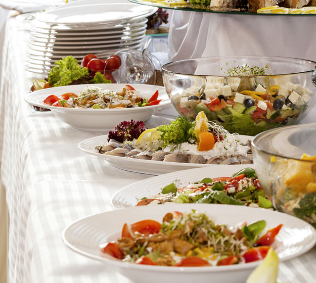 Muchos invitados a cenar en casa la soluci n un buf for Comida rapida para invitados