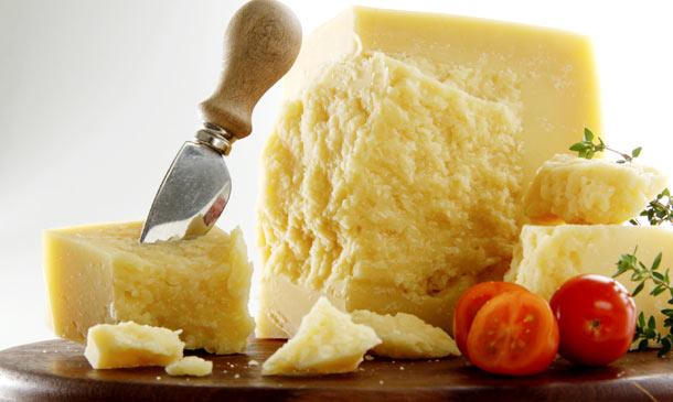 Con frutas, verduras, como aperitivo, en ensalada... ¡disfruta del queso parmesano!
