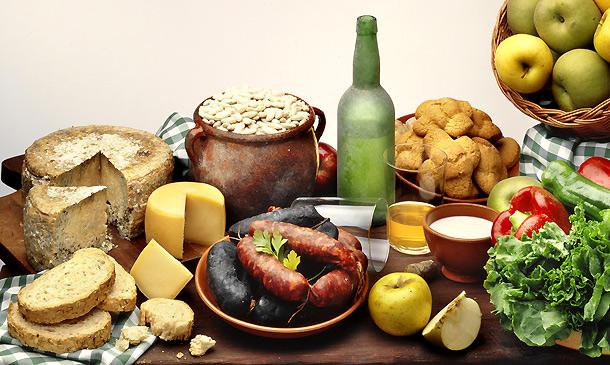 Cocina regional: fabada, cachopo, arroz con leche… ¡Puxa Asturies y su gastronomía!