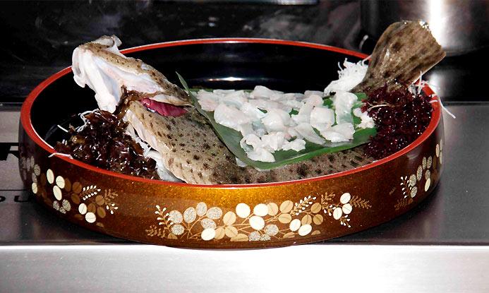 Clase maestra con el chef de 'Kabuki': ¿preparamos un rodaballo al estilo asiático?