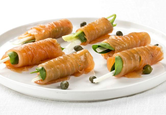 39 de tapas 39 cinco ideas muy sencillas para disfrutar del for Canape de salmon ahumado