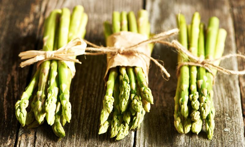 ¿Te gustan los espárragos trigueros? ¡Toma nota de estas cinco ideas para disfrutar de su sabor!