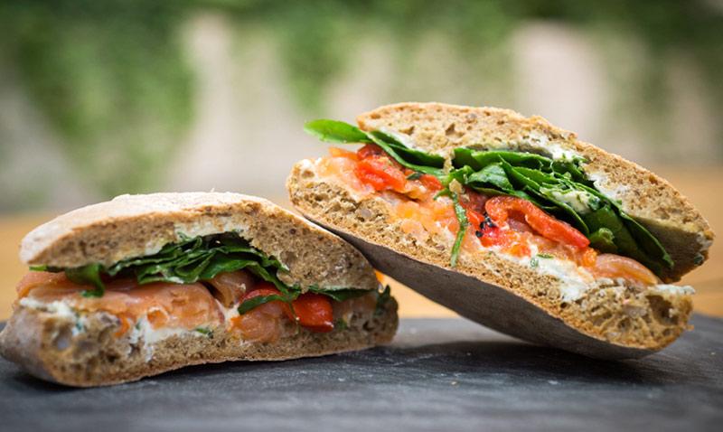 Bocadillos 'veraniegos': y estos ingredientes… ¿con qué pan combinan mejor?