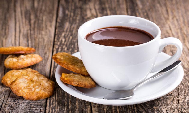 Chocolate a la taza: con naranja, frutos secos, en su versión tradicional… ¡tú eliges!