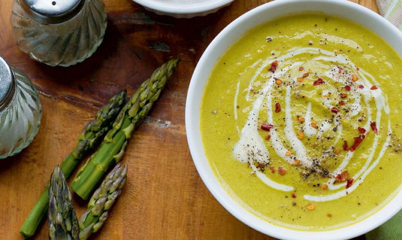 Poco calórico, muy saludable y perfecto para 'comerse' la primavera: ¿de qué alimento hablamos?