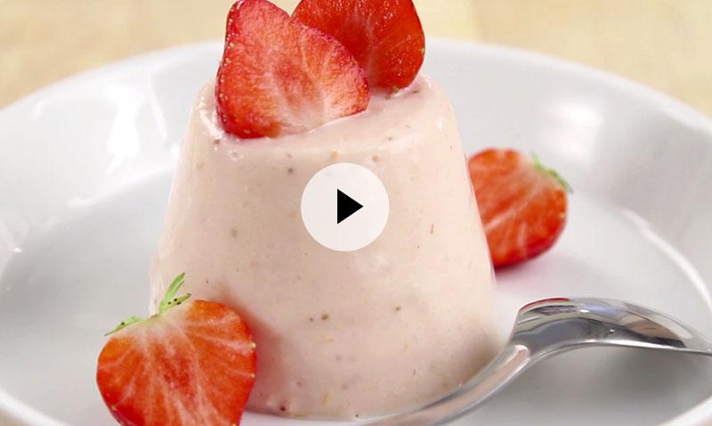 Vídeo-recetas en un minuto: postre de fresas, paso a paso