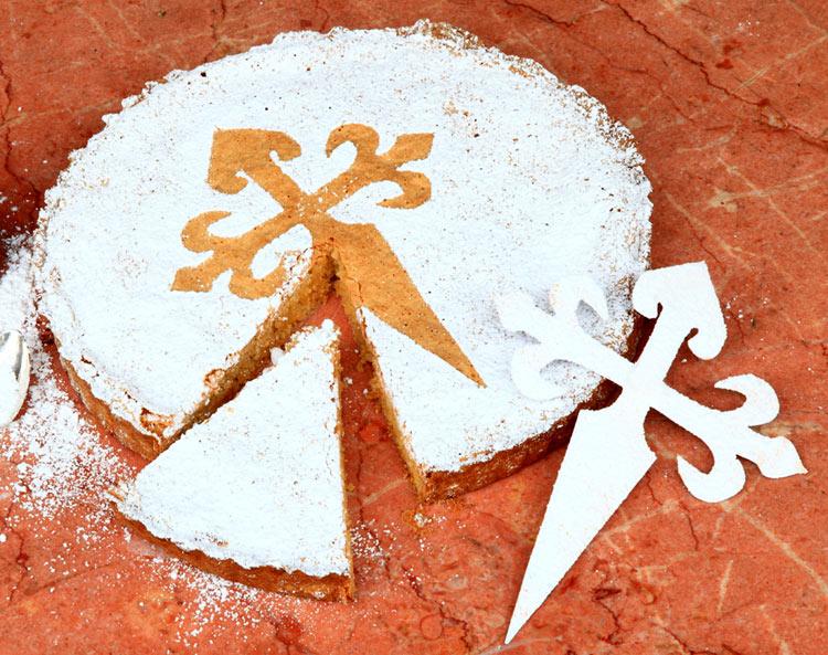 Dulce, esponjosa, irresistible... ¡Celebra las fiestas de Santiago aprendiendo a cocinar su tarta más célebre!