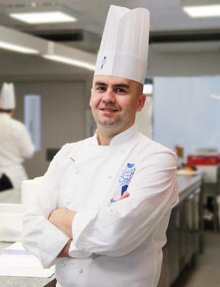 Chef erwan poudoulec chef de cocina de le cordon bleu madrid - Cocinas chef ...