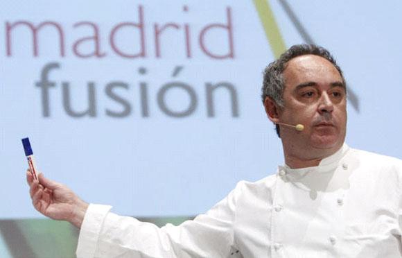 ¿Plancton como aderezo?, ¿tapas con whisky?, ¿nubes de Coca-Cola?... lo último en gastronomía aterriza en Madrid