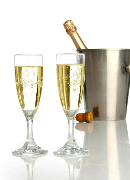 ¿Te gustaría probar exquisitos aperitivos maridados con el mejor champán francés?