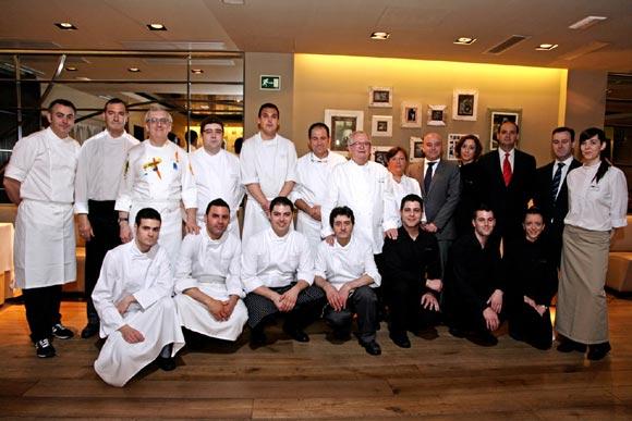 La cocina de arzak 39 aterriza 39 en madrid foto for Equipos restaurante