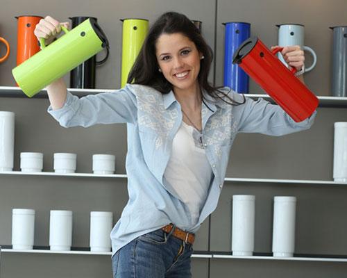 A partir de este jueves, desayuna con Clara P. Villalón en hola.com