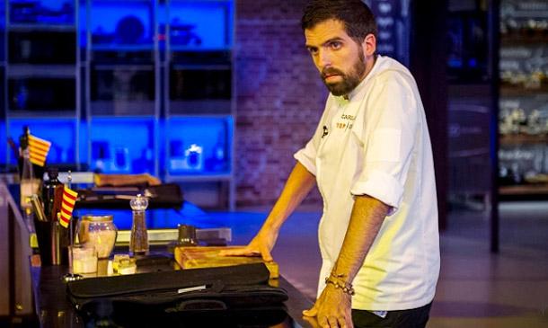 Carlos y su cocina 'extrema' dicen adiós a 'Top Chef' en un programa cargado de emociones