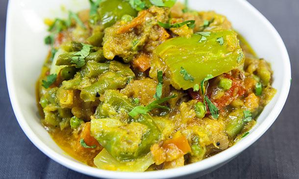 Planes 'gastro': Curry, samosas, pollo tandoori… ¿comemos en un hindú este finde?