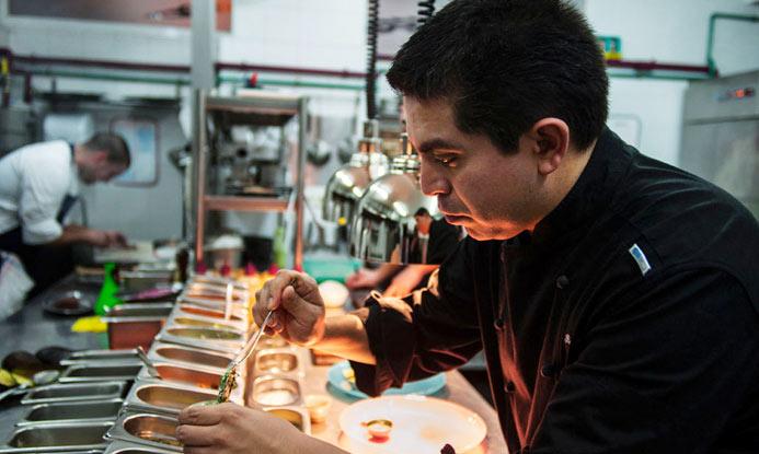 Roberto Ruiz, chef de 'Punto MX': 'El Tex Mex no tiene nada que ver con la auténtica cocina mexicana'