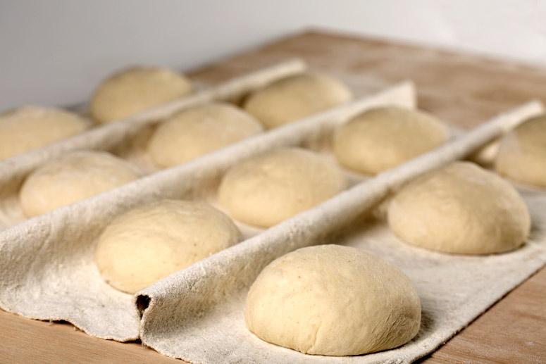 Insípido, gomoso, poco duradero… ¿por qué es tan difícil encontrar pan de calidad en España?