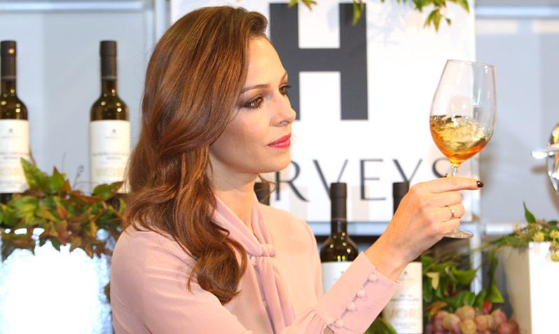 Eva González nos presenta 'el mejor vino del mundo'
