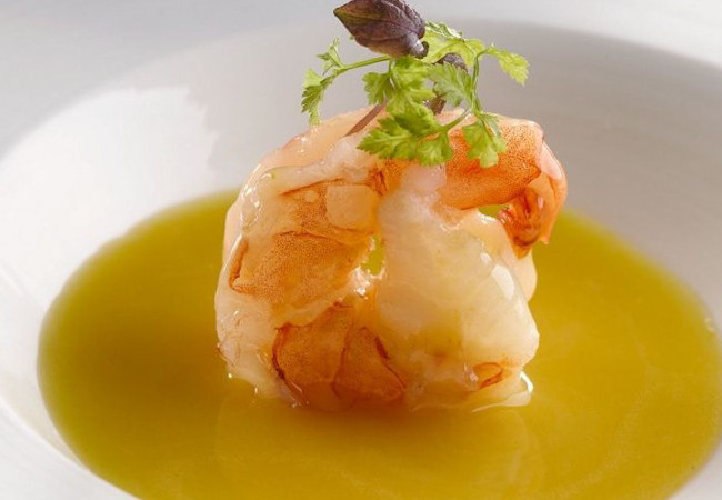 Yan Ting-Braised-Prawn-with-Pumpkin-Soup_