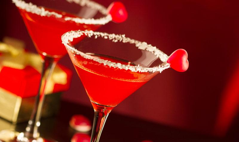 Cócteles que enamoran: ¿brindamos por San Valentín?