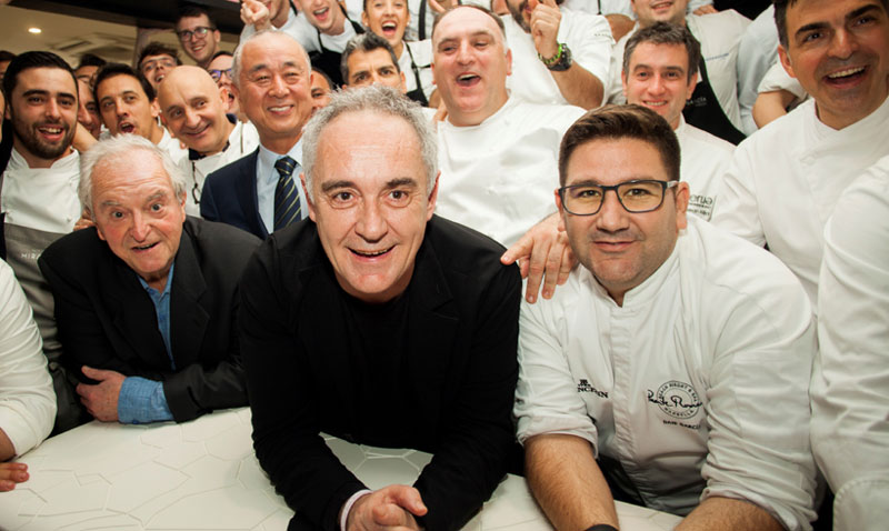 La élite de los fogones españoles homenajea en Marbella al chef japonés Nobu