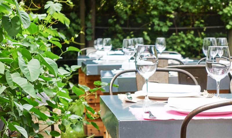 Terrazas 'top': Ocho oasis urbanos para escapar del calor y disfrutar de la buena mesa