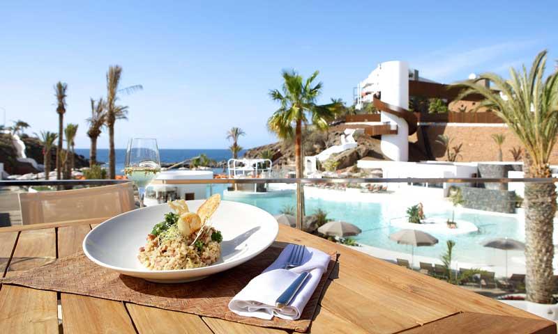 Planes gastro: De costa a costa por los 'beach clubs' con más sabor del verano