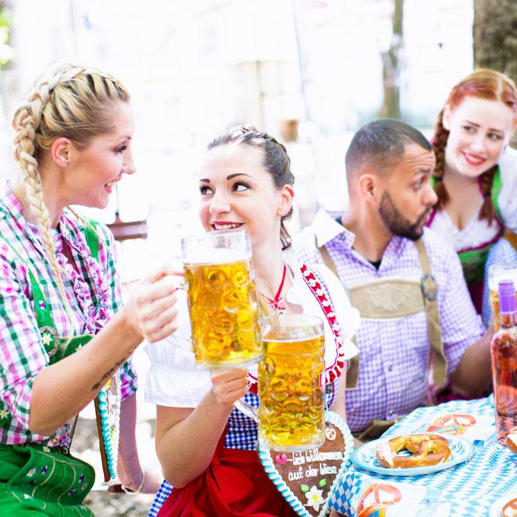 Salchichas, codillo, 'bretzels'... ¡y ríos de cerveza!: ¿Celebramos 'Oktoberfest'?