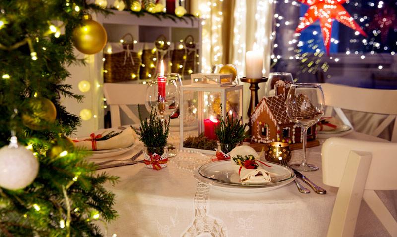 Dudas a la hora de vestir la mesa de navidad echa un for Fotos decoracion navidad