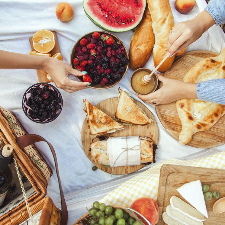 Qué Llevar En Tu Cesta De Pícnic Productos Imprescindibles E Ideas Saludables