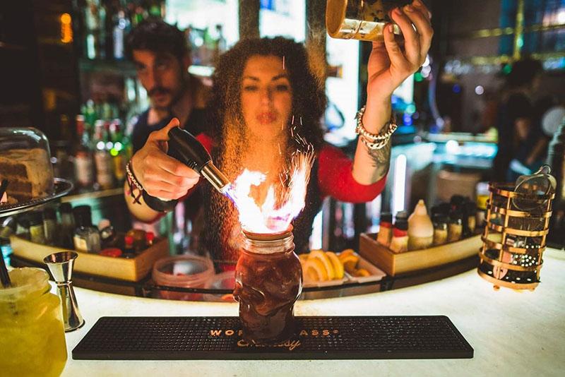 Ana-Gracia-Jimenez-Barmaid-Cocteleras-Espana