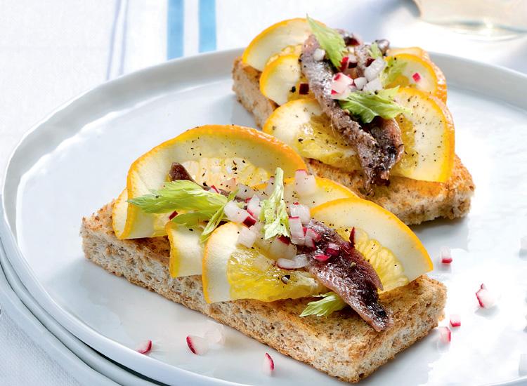 tostas-anchoa-naranja