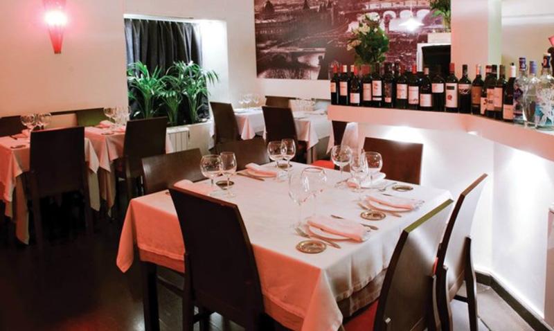 Los reyes Juan Carlos y Sofía almorzaron en este coqueto bistró en Chueca