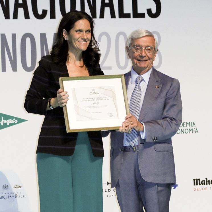 La Real Academia de Gastronomía premia a ¡HOLA! por su difusión de la cocina española