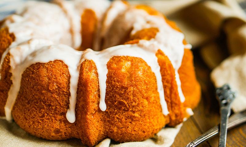 bundt-cake-manzana-curcuma