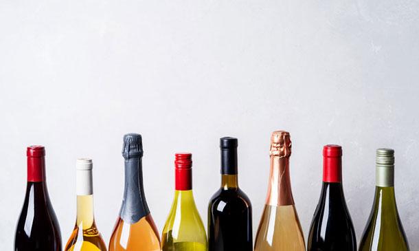 ¿Cuáles son los vinos del año mejor puntuados por los expertos?
