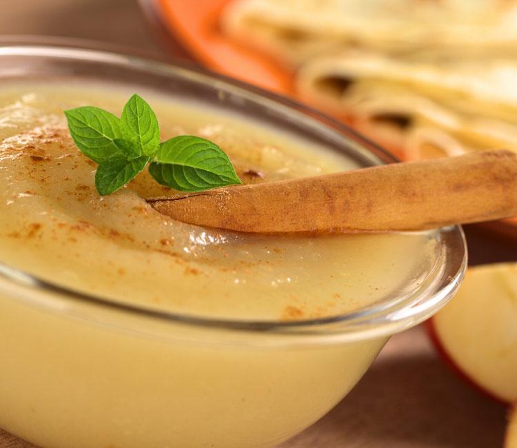 Puré de manzana con limón y canela