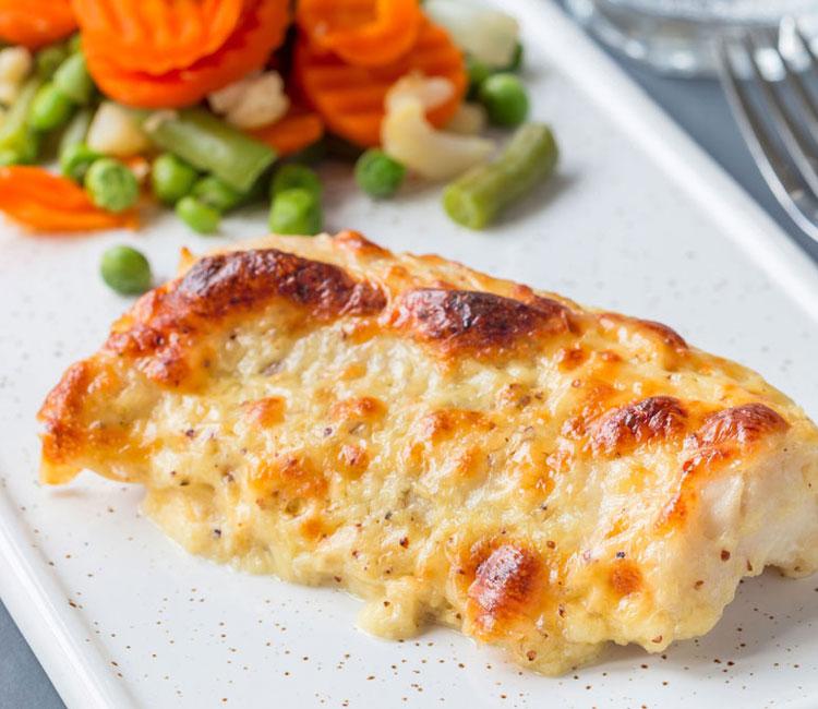 Bacalao gratinado con queso y mostaza