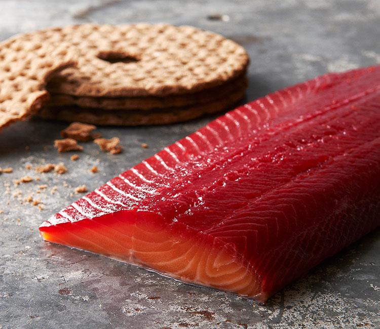 salmon-marinado-con-remolacha