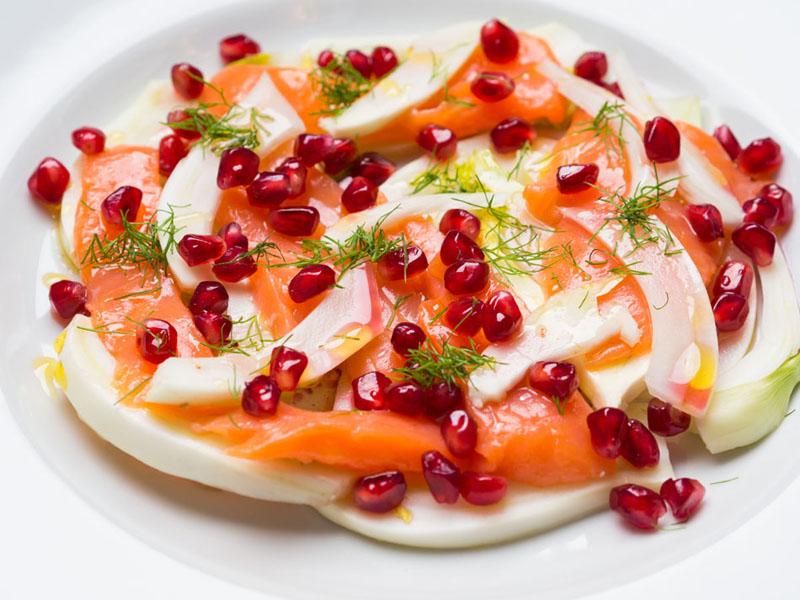 ensalada-salmon-ahumado-hinojo-granada