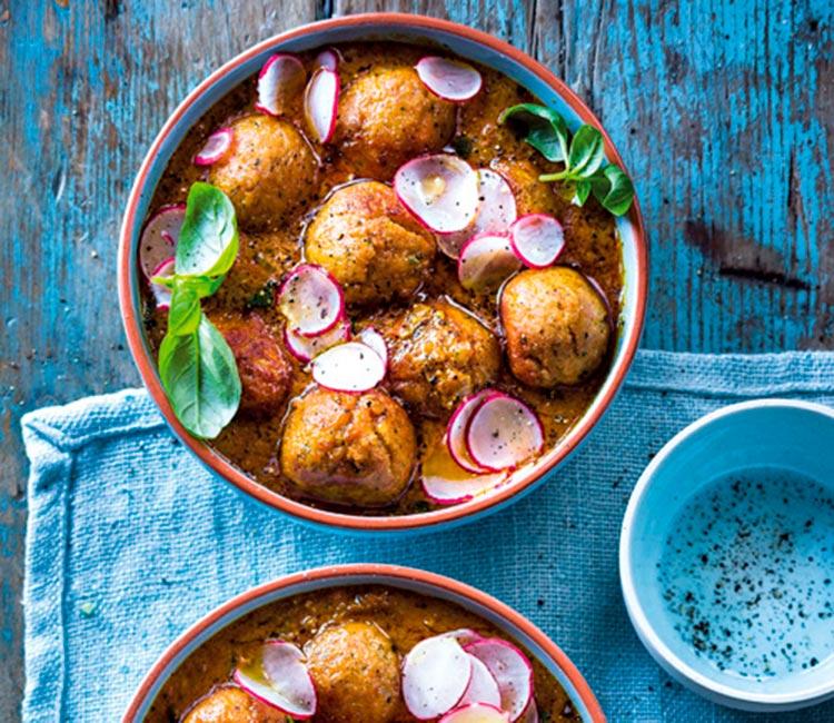 albondigas-de-bacalao-con-salsa-garam-masala