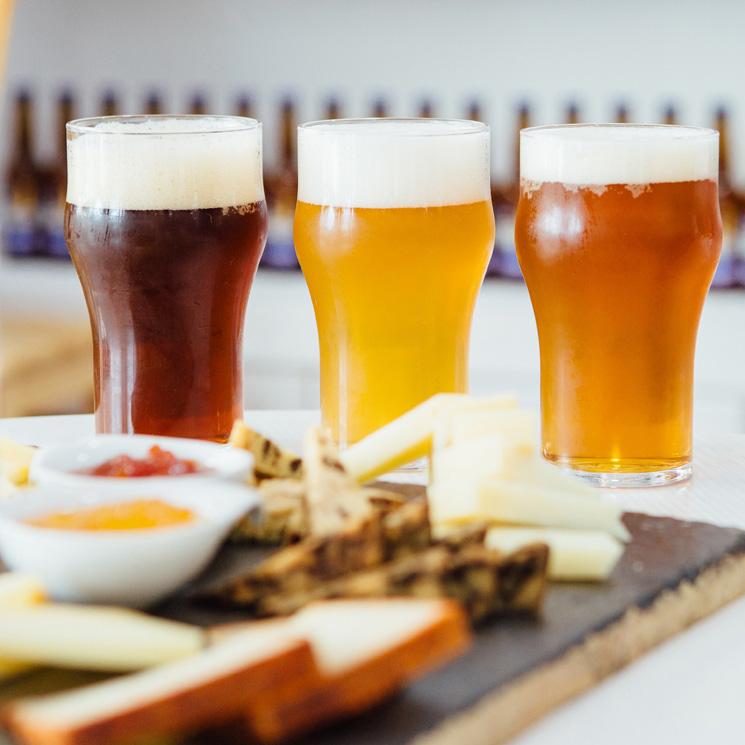 Con estos 'tips' tus cervezas sabrán (casi) igual que en el bar