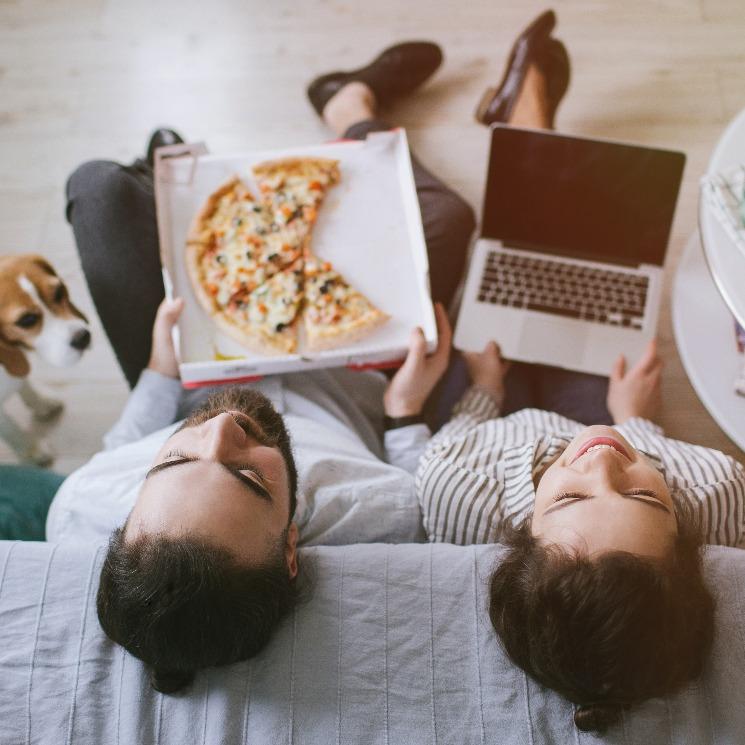 Conviértete en el mejor anfitrión de tu próxima 'dinner party' virtual