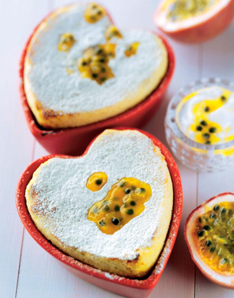 Corazón de yogur y fruta de la pasión